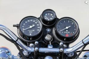 12 Suzuki GT 750 zegary
