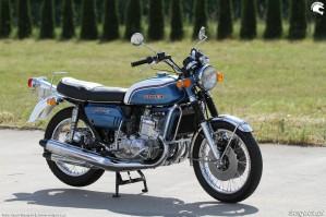 37 Suzuki GT 750