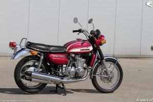 44 Suzuki GT 750