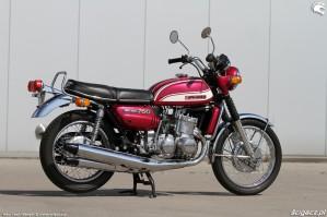 45 Suzuki GT 750