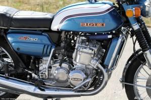 58 Suzuki GT 750 widok silnika