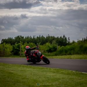 18 Testy prasowe Ducati Monster 2021