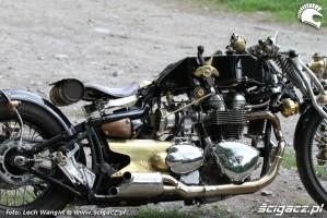 34 Triumph Bonneville America custom motor
