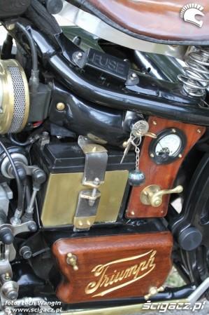 38 Triumph Bonneville America customowy dragster