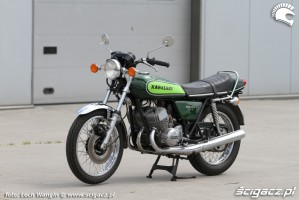 01 Kawasaki H1 Mach 3 Moto Ventus