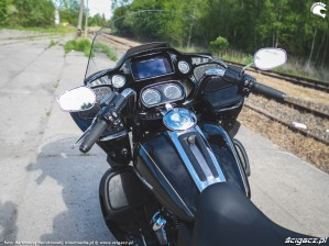 HD RoadGlide 43 kokpit
