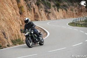 10 Kawasaki Z650 2020 winkiel