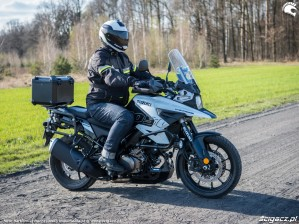 Suzuki VStrom 10150 24 droga