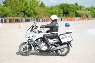 Policjant motocyklista trening