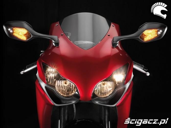 Honda CBR1000RR swiatla