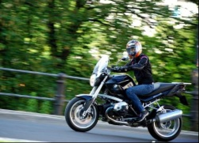 Mottowear Kira X dziewczyna motocykl