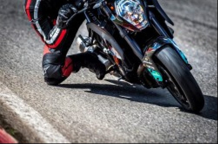 Metzeler Racetec RR KTM