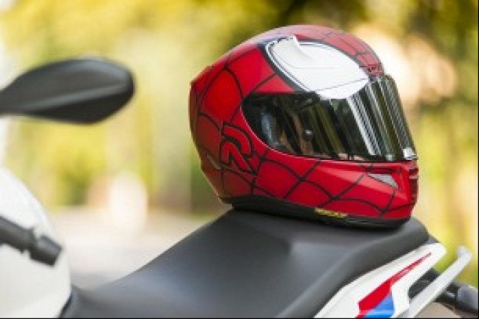 hjc rpha11 spiderman