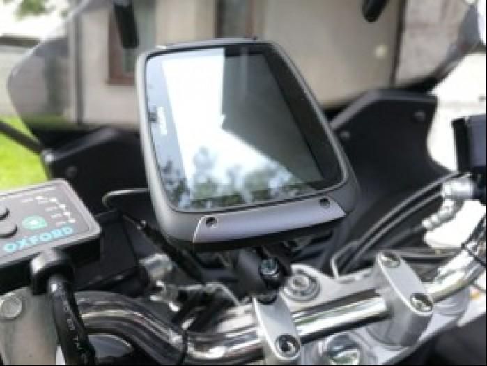 TomTom Rider 550 na motocyklu