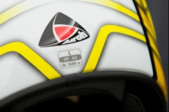 Airoh GP logotyp tyl