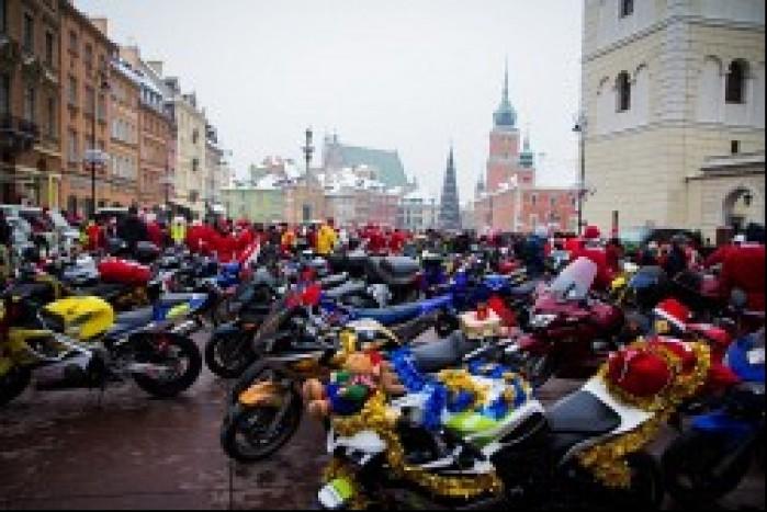motocykle mikolajow przy placy zamkowym