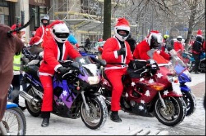 motomikolajowie na motocyklach