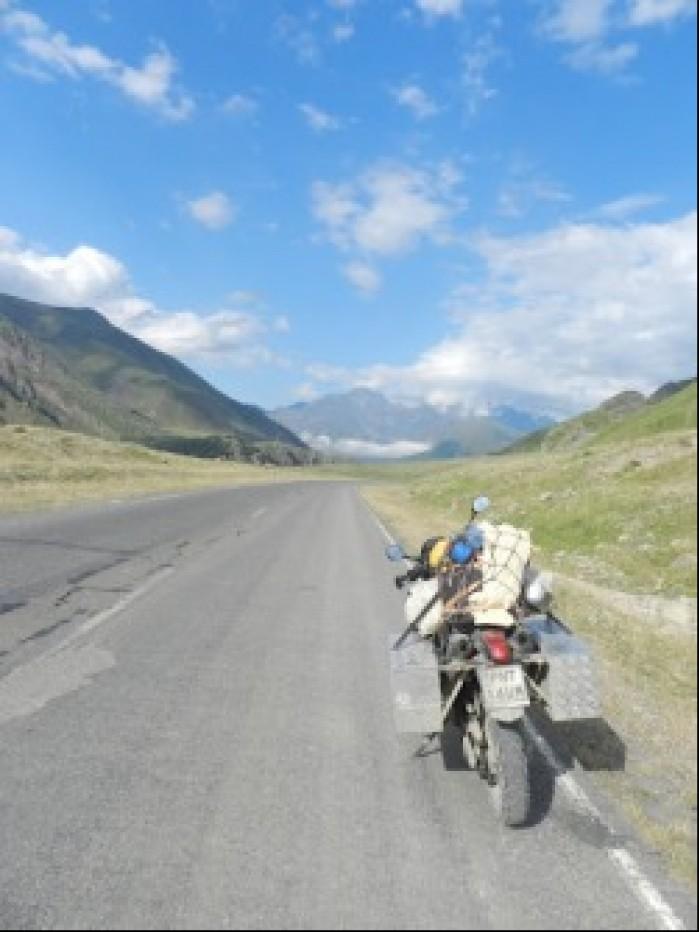 XT przy drodze