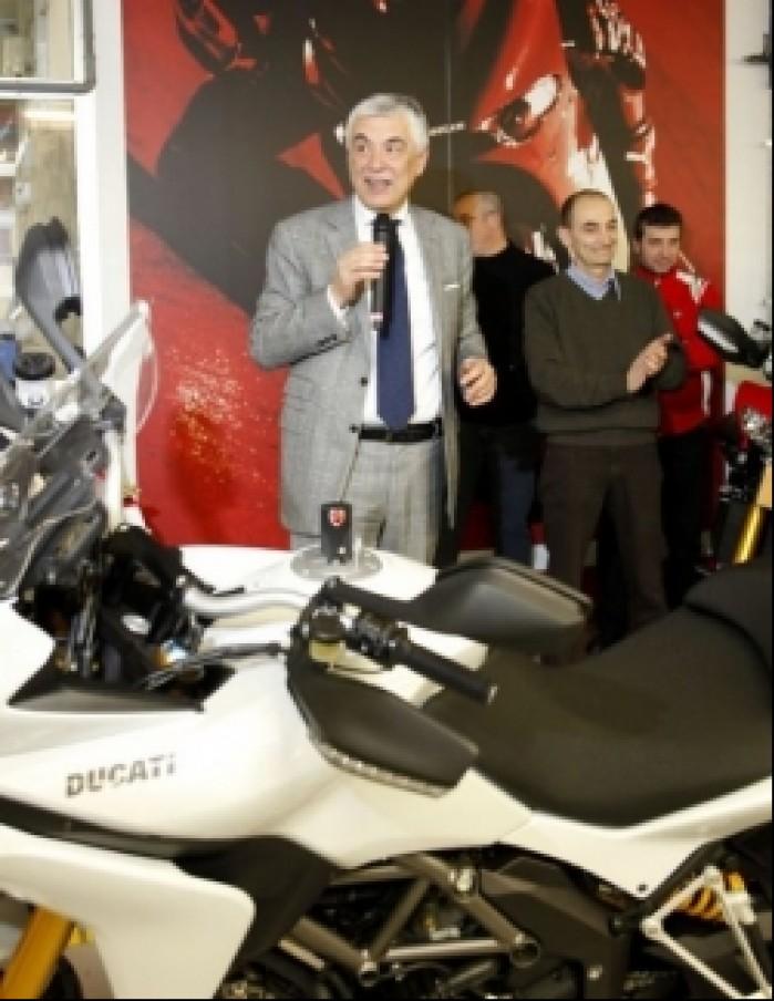 Ducati MTS1200 opuszcza fabryke przemowa przedstawiciela zarzadu