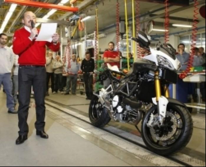 Ducati Multistrada 1200 opuscil tasme produkcyjna