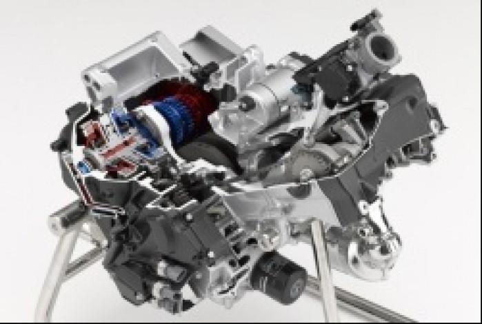 silnik 700 integra 2012