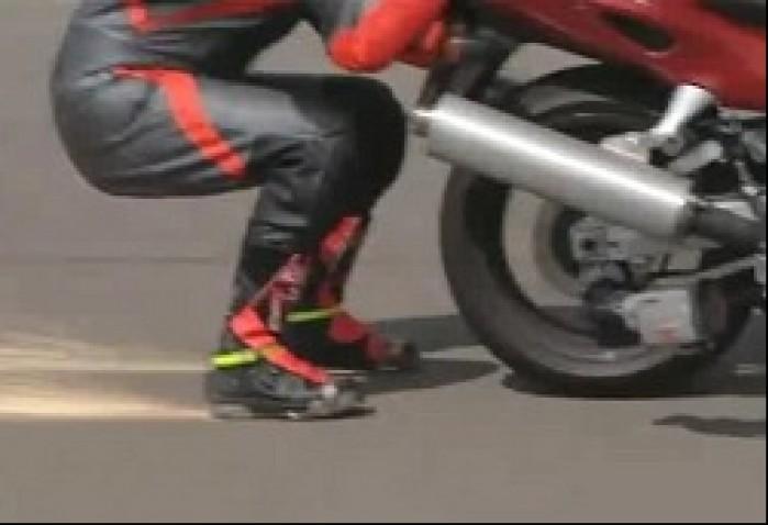 Rekord Guinnessa predkosci w jezdzie za motocyklem