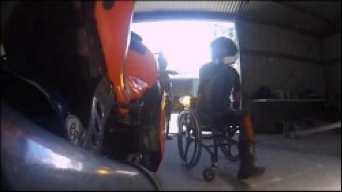 motocyklista inwalida