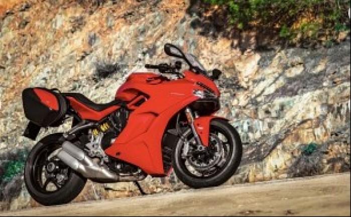 Ducati Supersport czerwony