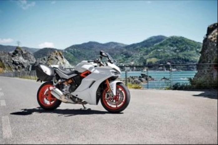 Ducati Supersport turystycznie