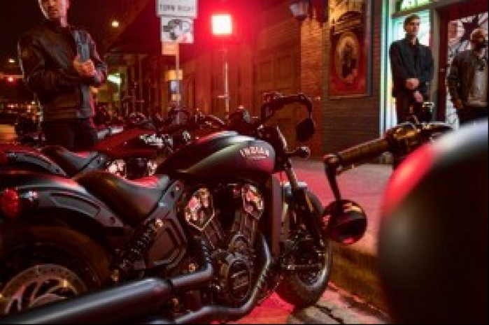 scout bobber group lifestyle 2821