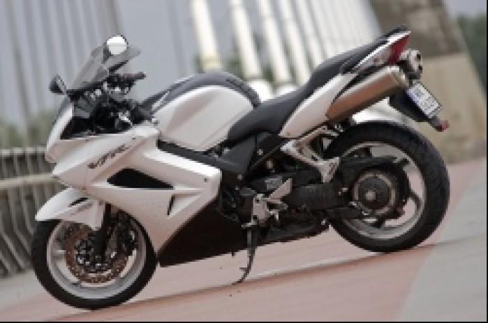 motocykl vfr 800 2009 honda test b mg 0027