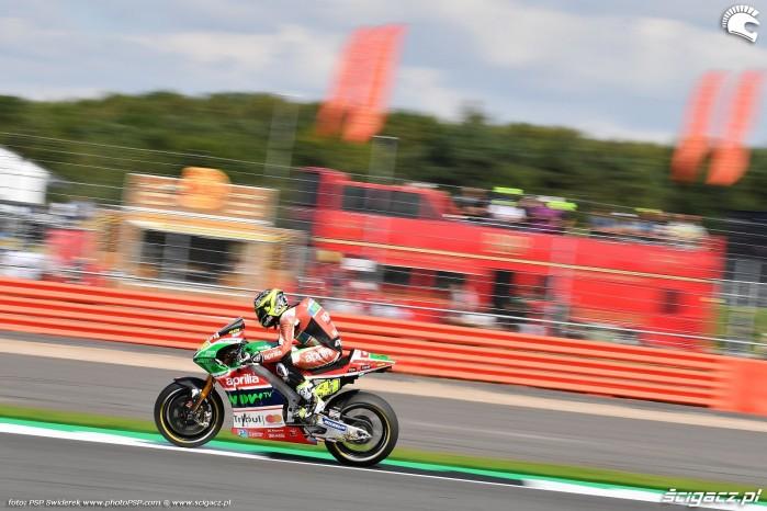 MotoGP Silverstone Aprilia 41 Aleix Espargaro 27