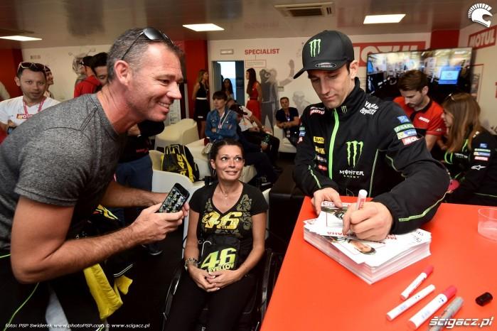 MotoGP Walencja 2017 5 Monster Tech3 Yamaha Johann Zarco 6