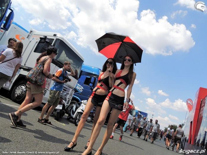 MotoGP Brno 2018 paddock girls 1