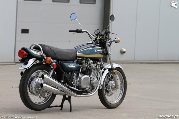 02 Kawasaki Z 1
