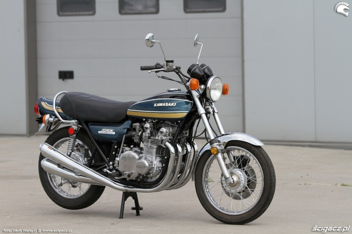 06 Kawasaki Z1 z boku