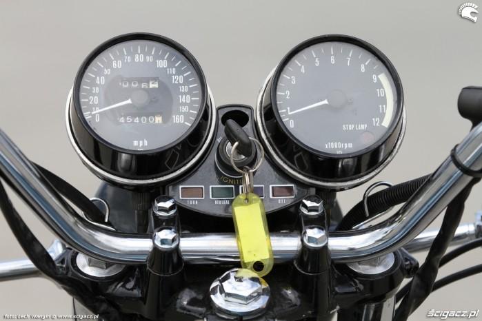10 Kawasaki Z1 zegary