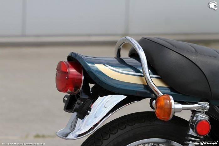 13 Kawasaki Z1 uchwyt i lampa