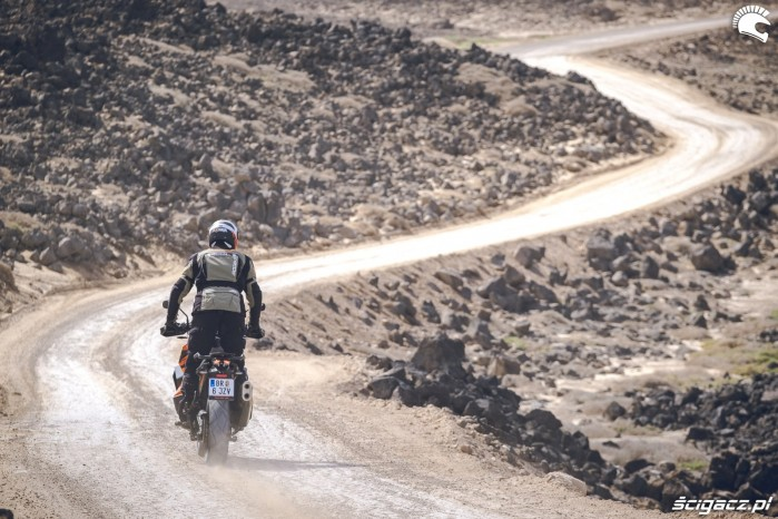 16 KTM 1290 Super Adventure S teren