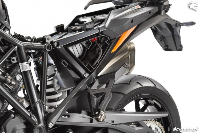36 2021 KTM Super Adventure S First Look ADV dual sport enduro travel motorcycle 23