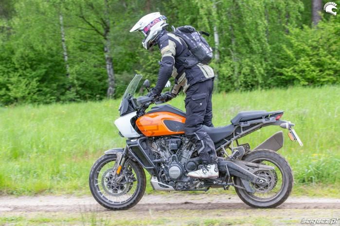 11 Harley Davidson 1250 Pan America 2021 na stojaka