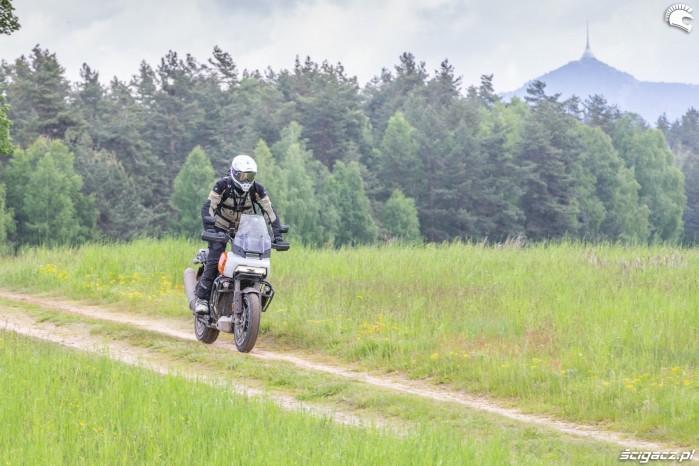 27 Harley Davidson 1250 Pan America 2021 test motocykla