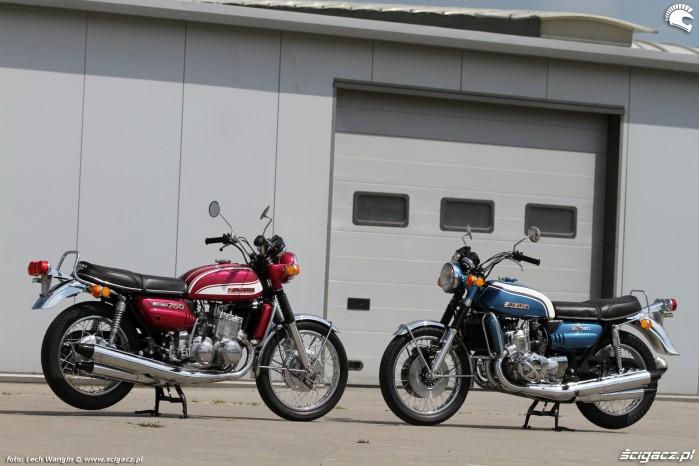 02 Suzuki GT 750 czerwony niebieski