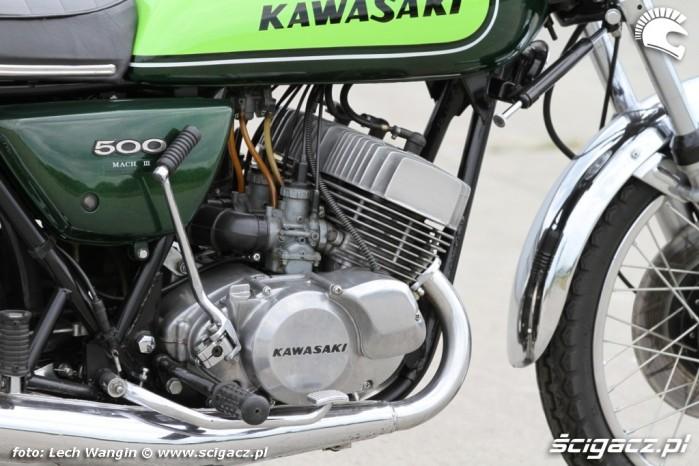 15 Kawasaki H1 Mach 3 cylindry