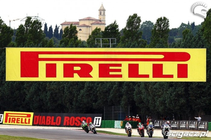 Camier action Pirelli