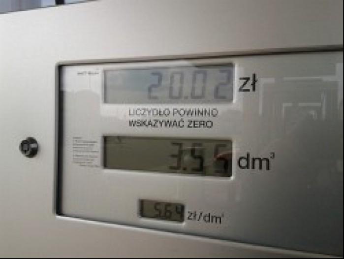 3 55 litra paliwa za dwie dychy