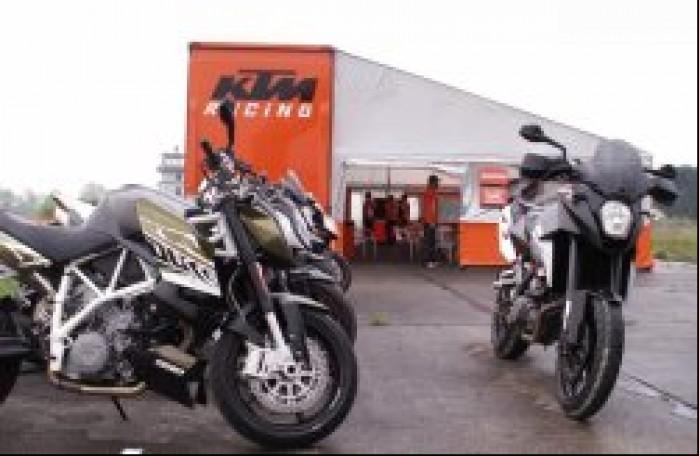 motocykle Dzien testowy KTM modlin 2010