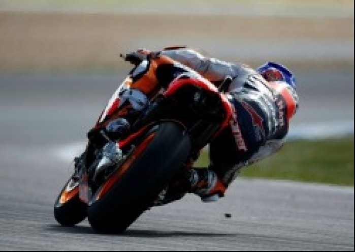pozycja na motocyklu MotoGP 2012 Estoril
