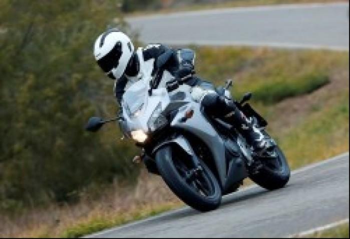 Zakret Honda CBR500R 2013