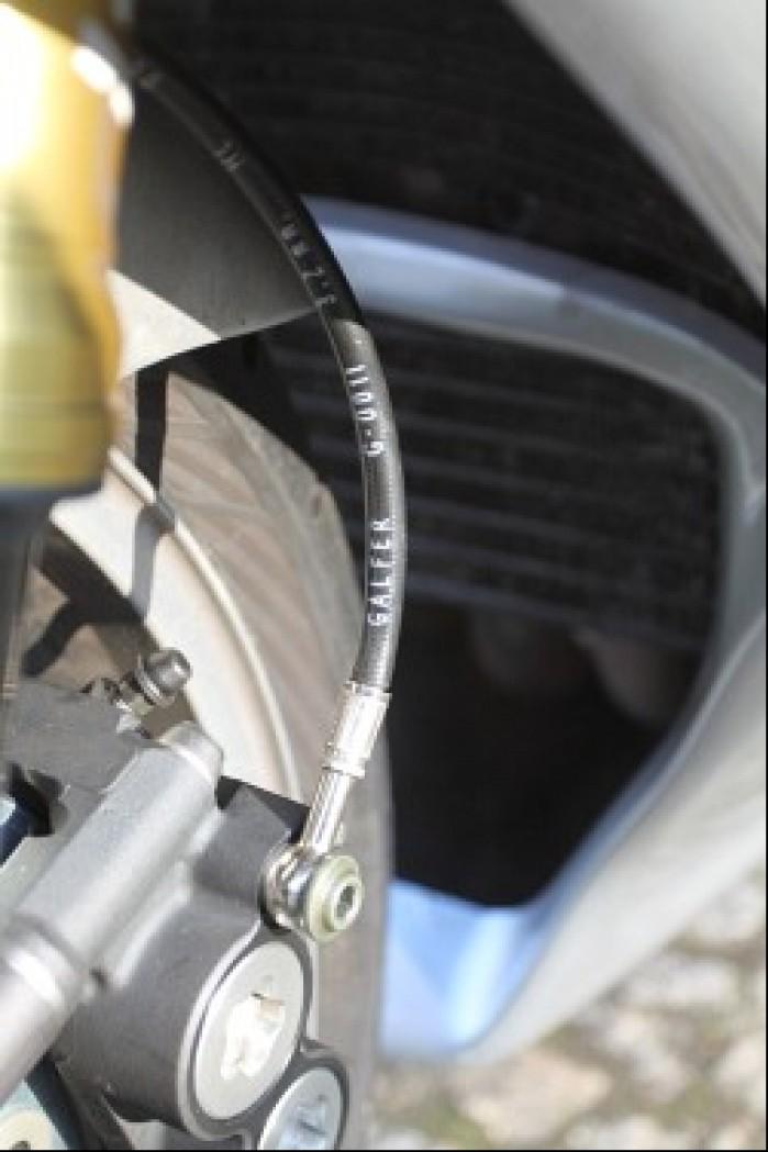 Przewody hamulcowe w oplocie warunek konieczny w przypadku jazdy po torze
